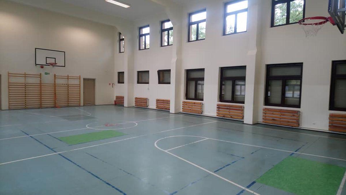 Zapraszamy do sali gimnastycznej przy Folwarcznej!